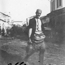 Doda NB9020 66 B Macedonia. An Albanian salep merchant in Skopje.