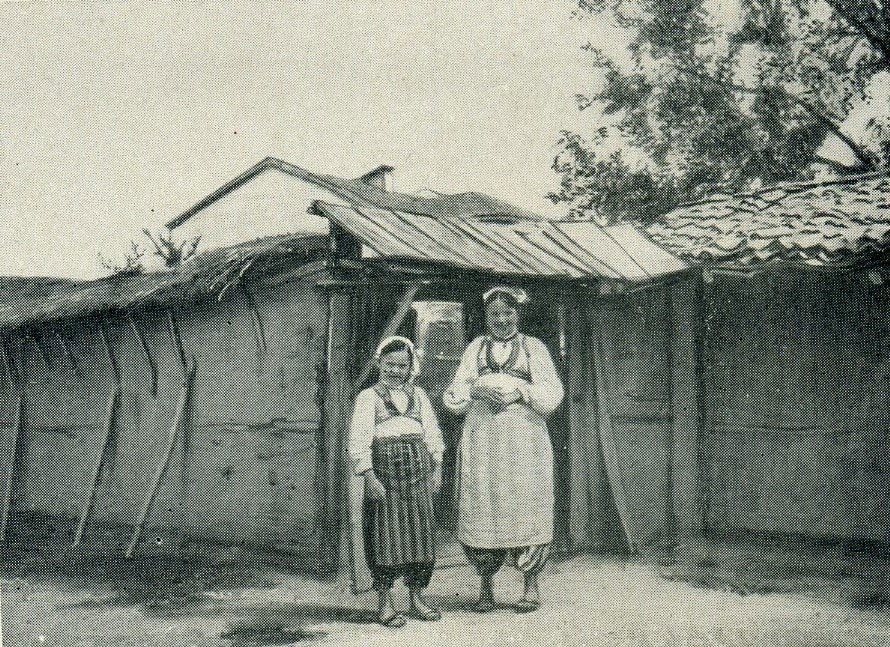 Djepat shqiptar dhe ritet tjera dhe foto historike - Faqe 5 Glj028a