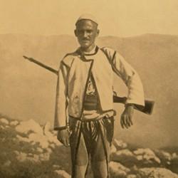 FMG002: A 'bajraktar' of Mirdita in northern Albania (photo: Friedrich Markgraf, 1924-1928).