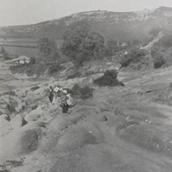 FMG016: Mule path in the sandstone, to the west of Tufina near Tirana, Albania (photo: Friedrich Markgraf, 1924-1928).