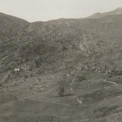 FMG022: The Aromanian (Vlach) village of Grabova e Krështerë near Mount Guri i Topit, taken from the Zogorra Pass in the Gramsh region of Albania (photo: Friedrich Markgraf, 1924-1928).