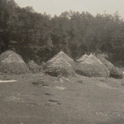 FMG023: A nomadic Aromanian (Vlach) settlement on Mount Guri i Topit in the Gramsh region of Albania (photo: Friedrich Markgraf, 1924-1928).